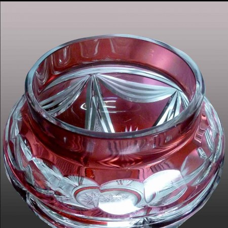 Val Saint Lambert      vase en cristal appelè vase de mariage