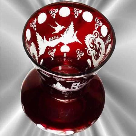 vase en cristal de Bohême rouge gravé XIXe