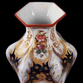 Paire de vase en porcelaine fine decor floral XIX siecle