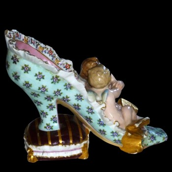 Porcelain Meissen polychrome and 18 th century gold
