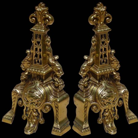 Paar achttiende-eeuwse bronzen toeren
