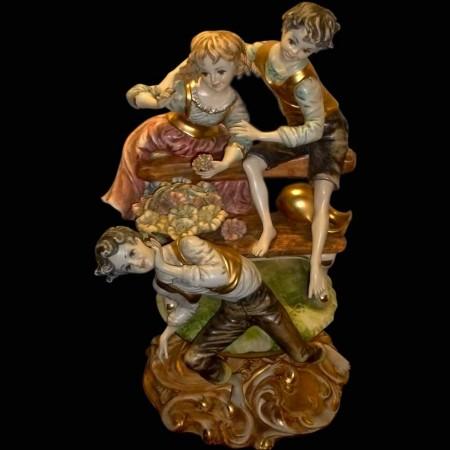 Gruppo di porcellana italiana Capodimonte pastorale