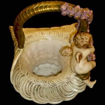 Keramiek vaas van de keizerlijke Amphora-mand met Puttos