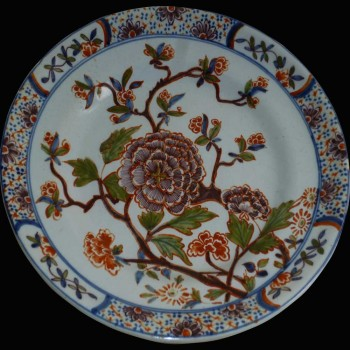 Delft earthenware plate 18th century 1710