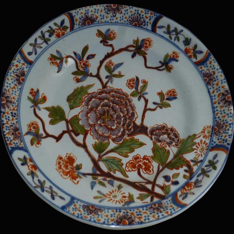 Assiette en faience de Delft 18ème siècle 1710