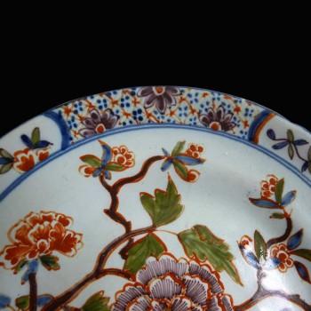 Delft earthenware plate 18th century 1710