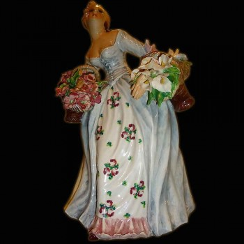 Muestra italiana de la estatuilla de la porcelana Carlo Mollica