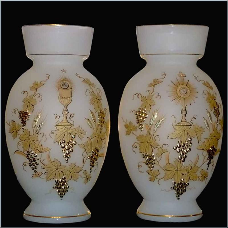 vases in opaline