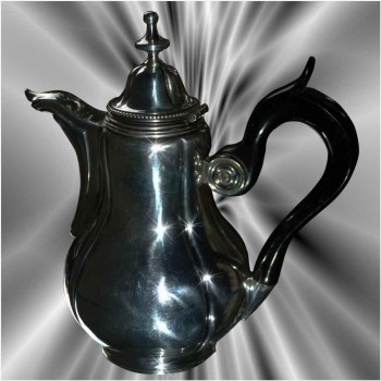 Brocca d'argento massiccio XIX  secolo
