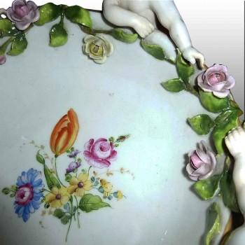 Beker van Duits porselein Manufactory Plaue XIX