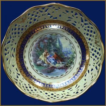 Enamelled porcelain basket style 18 eme