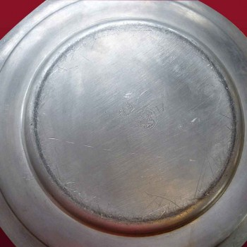 Soup-broth and its XVIII century pewter plate