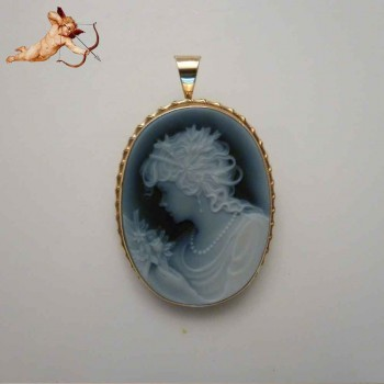 Gem cameo gold yellow 18 karat gold authentic