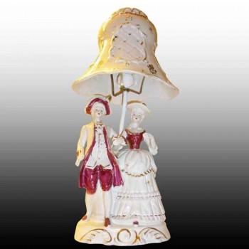 Porcelana francesa-farola romantica Biscuit porcelana de principios del siglo XX