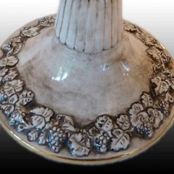 Tazza in finissima porcellana di capodimonte decorata con una scena mitologica