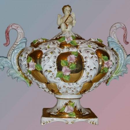 Magnifico oggetto in maiolica fatta a mano in fine porcellana italiana dorata con oro fine I metà secolo