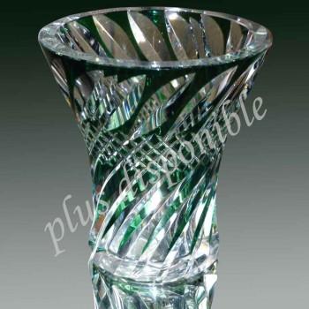 Firmato il Vaso in cristallo doppio verde intagliato in legno di Val Saint Lambert firmato. di cristallo di Val Saint Lambert.