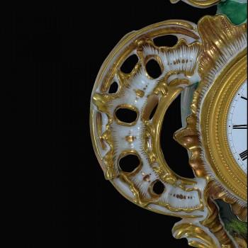 pendule en porcelaine francaise XIX eme siecle