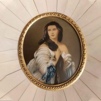 Miniatura en marfil emperatriz Sissi del siglo XIX