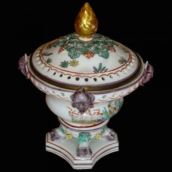 Porcelaine de Chantilly 18 eme siècle
