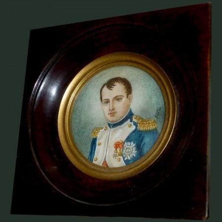 Miniatura, retrato del emperador Napoleón 1er firmado