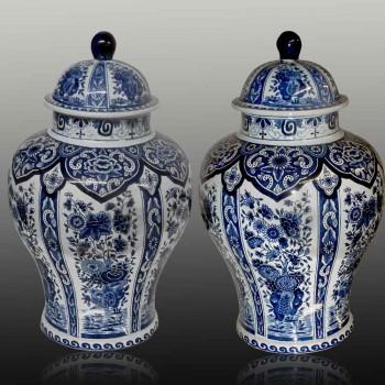 Paar große Boch-Delft gedeckte Vasen aus dem 19. Jahrhundert