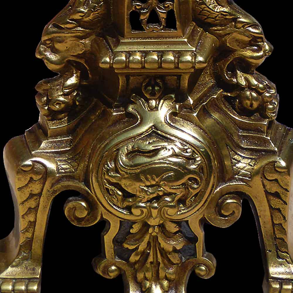 Paire de chenets en bronze XVIII eme siècle