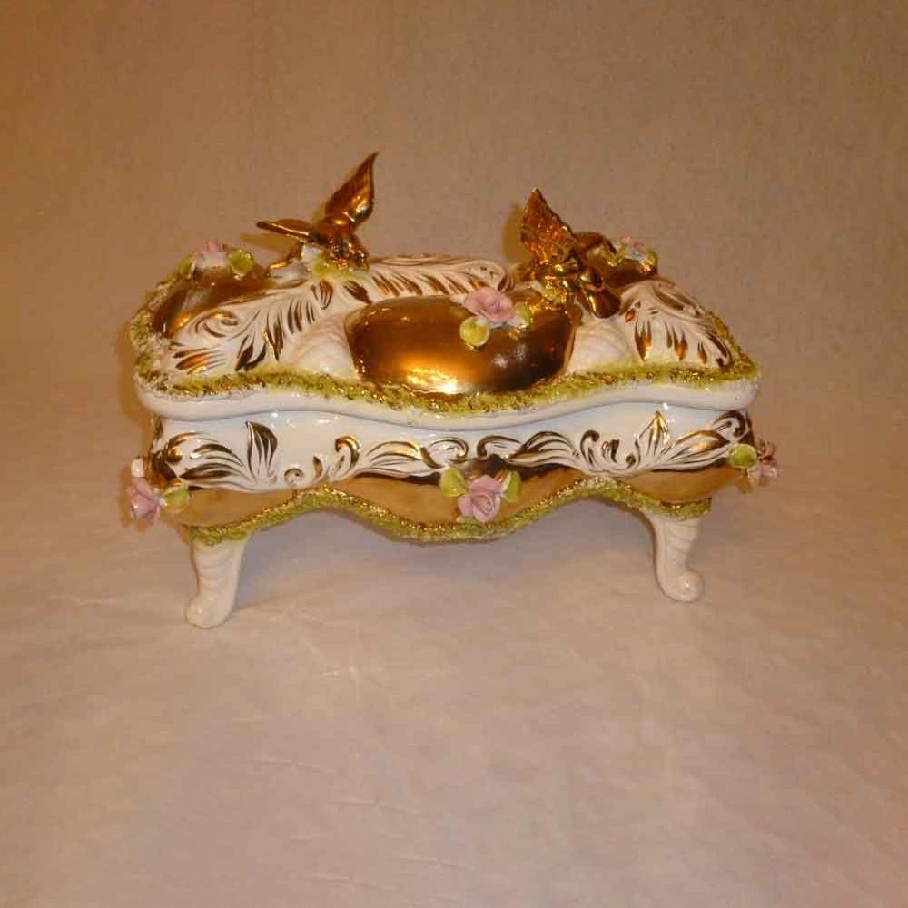 Italian ceramic box - the sesto palm.