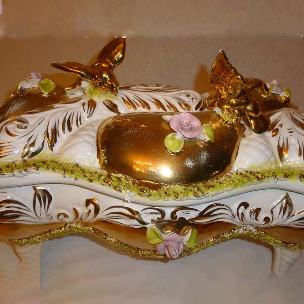 Le palme sesto-porcelaine Italienne-coffret en faience fait main dore a l'or fin-XVIIIe siecle-piece unique