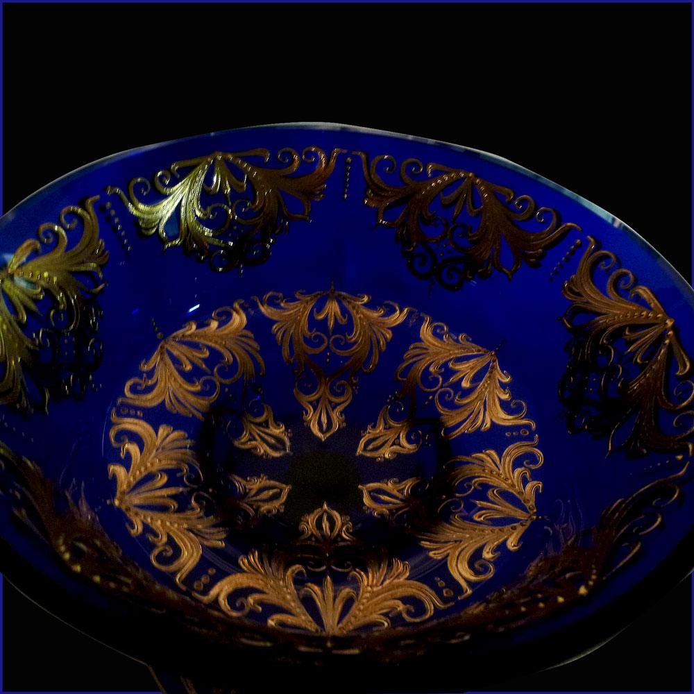 coupe en cristal de Venise bleu cobalt et or 22 carats