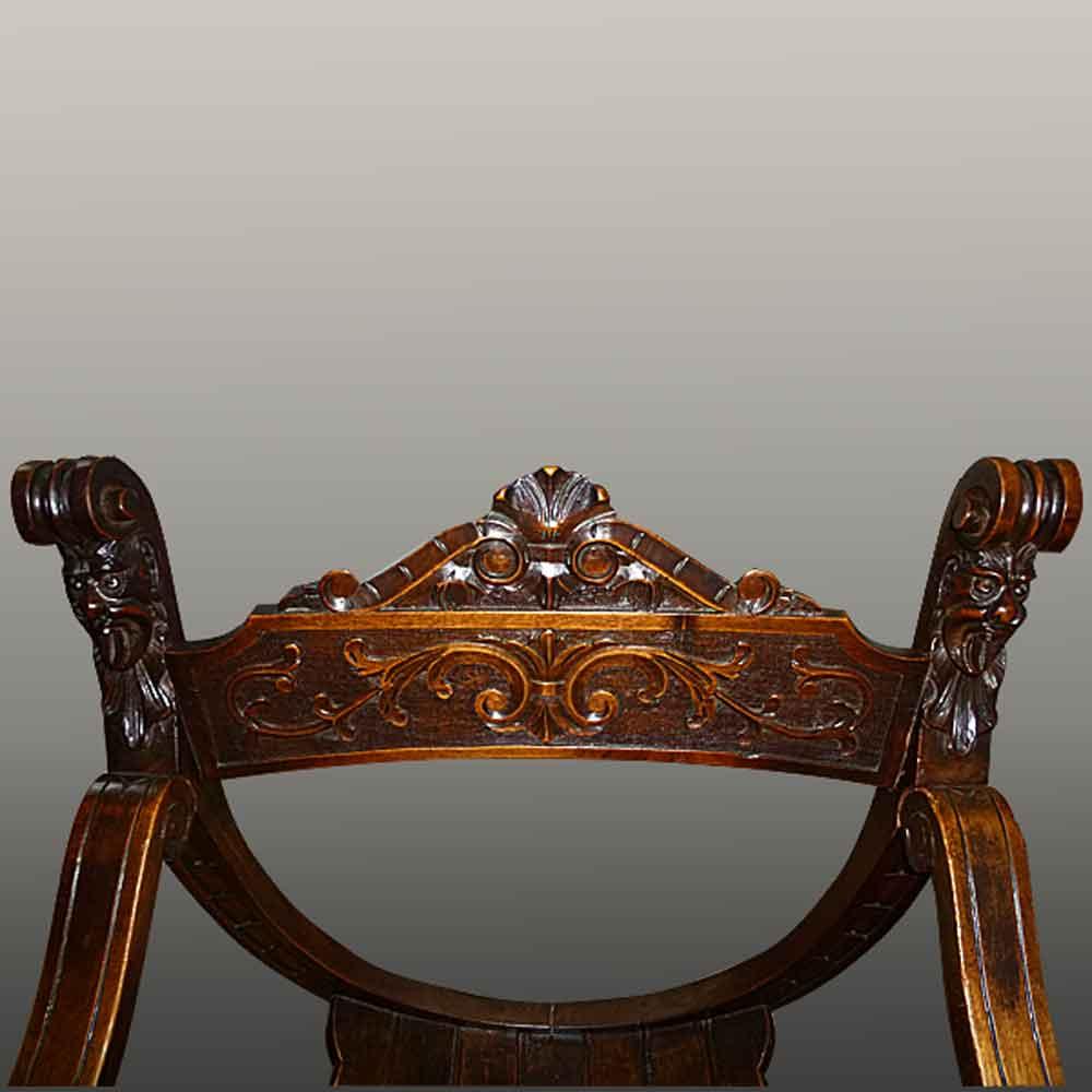 Chair Dagobert XIX Walnut carved
