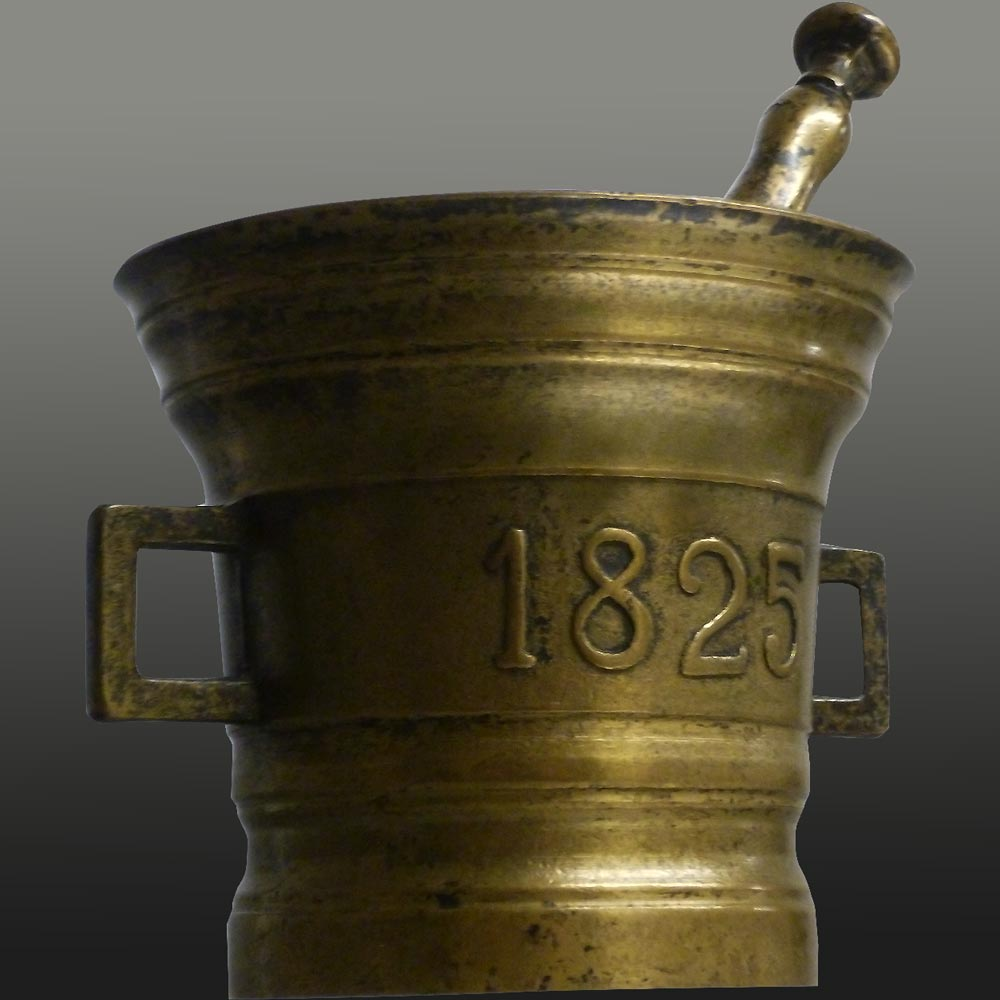 Apothecary mortar and pestle 1825 in bronze