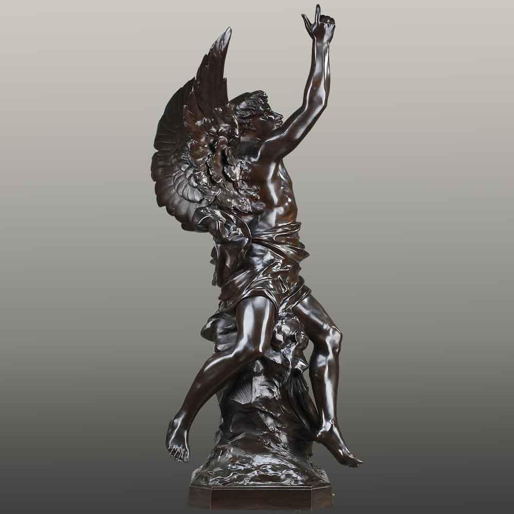 """Gran Escultura Alegórica en Bronce del siglo XIX """"Pensamiento que alza el vuelo y lleva la luz"""" E. Picault"""