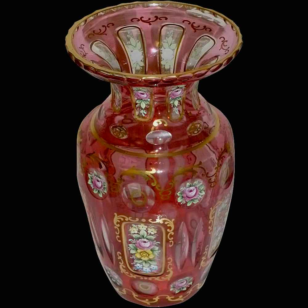 Vase boheme XIX eme siecle en cristal soufflé